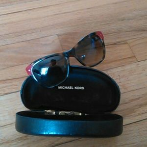 Michael Kors 100% authentic sunglasses /case